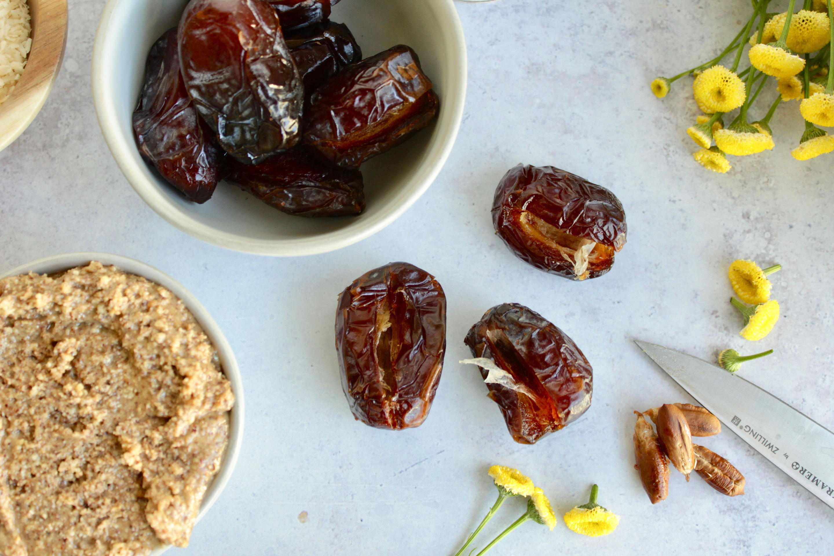 Delectable dates