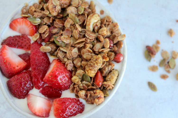 Superfood granola close up 2