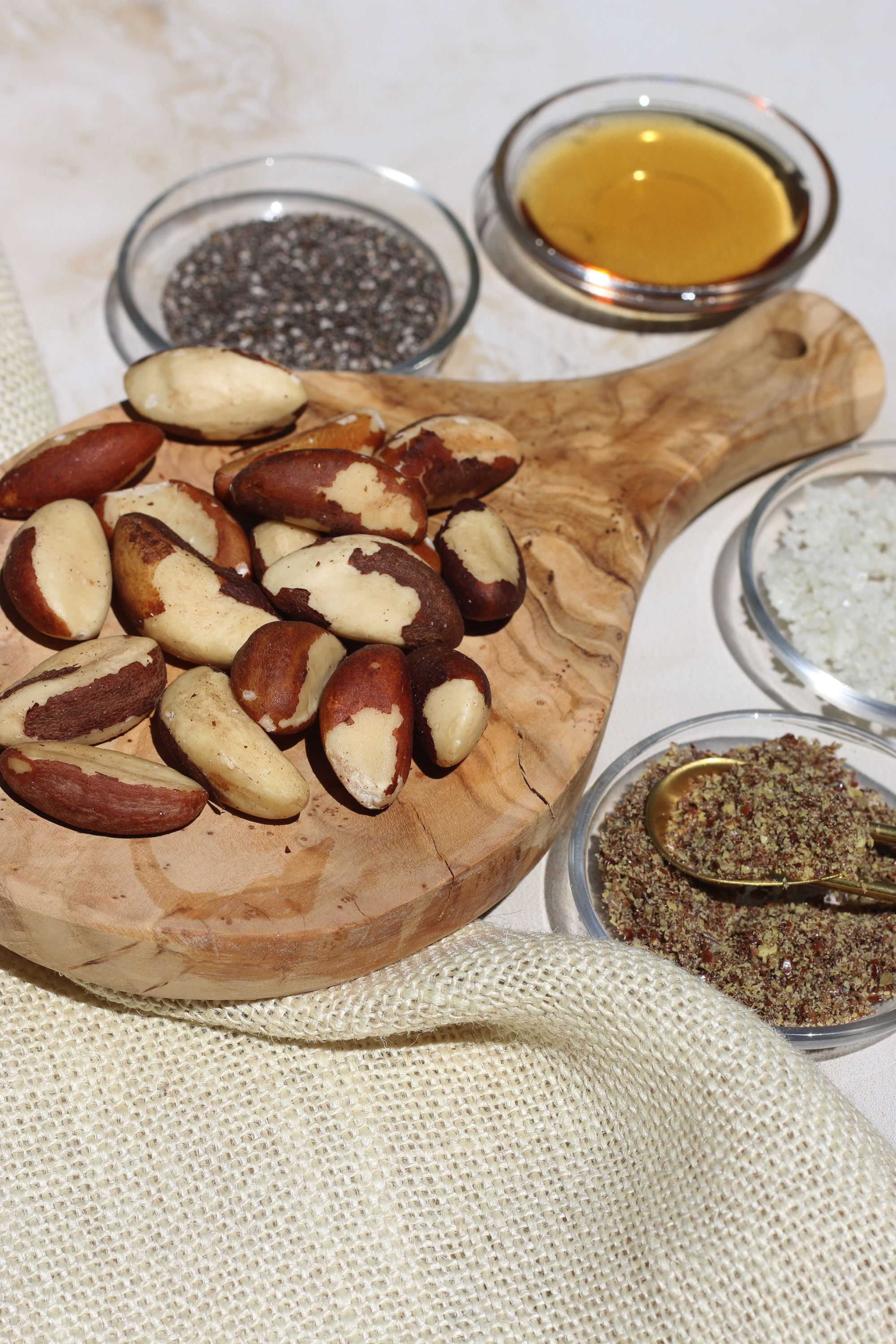 Ingredients for brazil nut butter